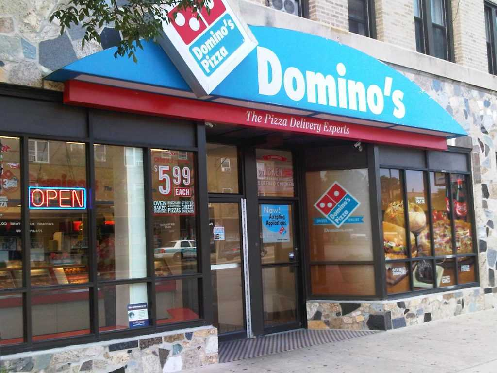 3) Search on this page below for Dominos in your location, using the search box. See examples of a few popular searches: Domino's in New York City; Domino's Pizza London; Domino's near me open now; Etc. Phone number. If you want to find the phone number of the nearest Dominos to you, visit the official Dominos pizza locator.