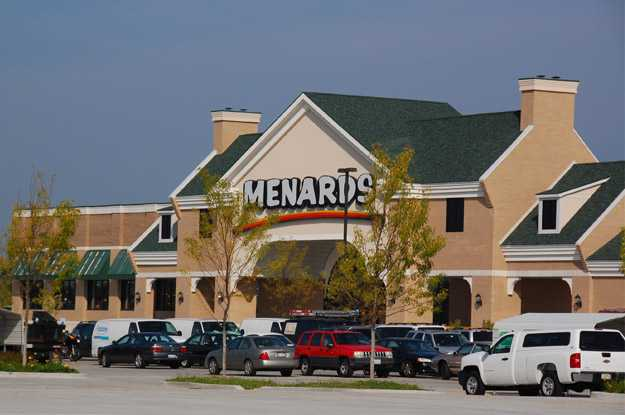 25/1/ · I took my first trip into a Menard's this past weekend and I was truly impressed with their lumber and Menard's vs. Lowe's vs. Home Depot Menards = young.