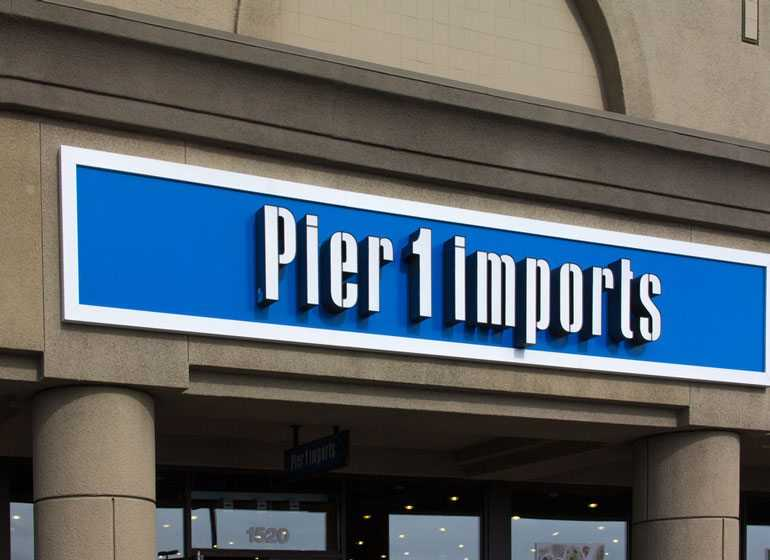 "Pier 1 Verified account @pier1 Your home is a tiny slice of Earth all your own. So make yours say: ""This is me."" Experience the new Pier 1 and make your home more techriverku3.gqt Status: Verified."