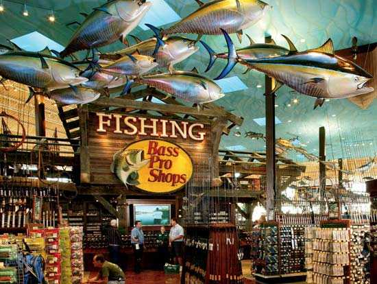Bass pro holiday hours opening closing in 2017 united for Fishing equipment stores