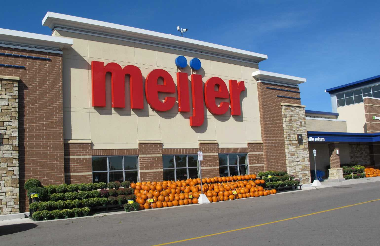 Meijer Christmas Eve Hours.Meijer Holiday Hours Opening Closing In 2019 United States